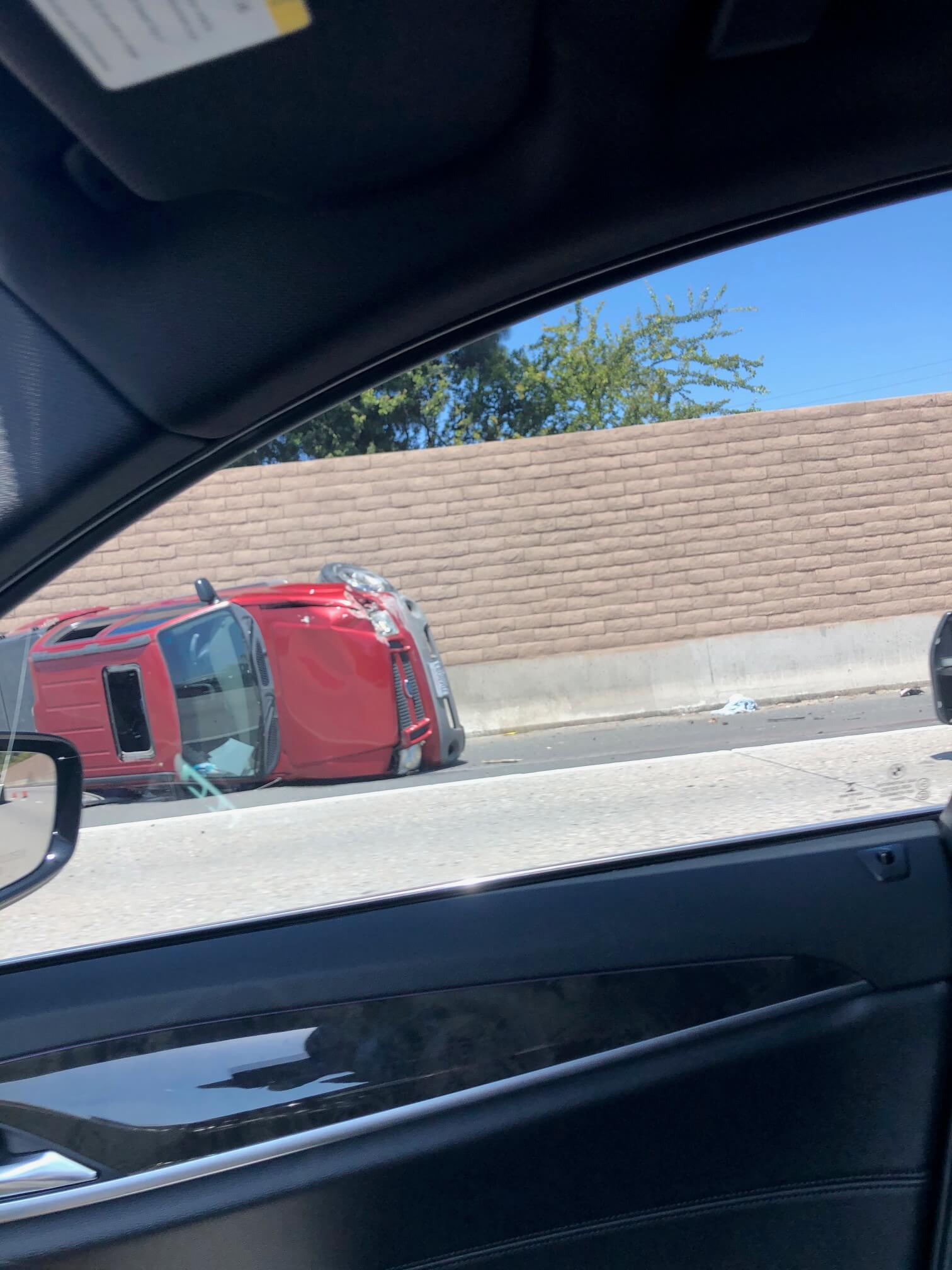 Image of a Los Angeles freeway SUV rollover collision with CHP
